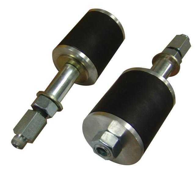 Series mechanical plugs